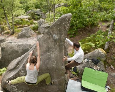 Kletterausrüstung Erklärung : Ausrüstung und bekleidung zum sportklettern bouldern