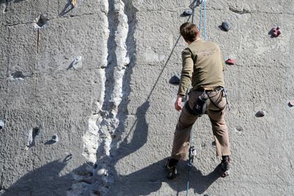 Kletterausrüstung Erklärung : Sportklettern und bouldern in kletterhallen outdoor kletterparks